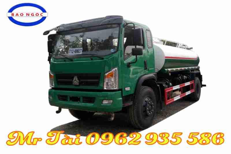 xe phun nước rửa đường howo 9 m3