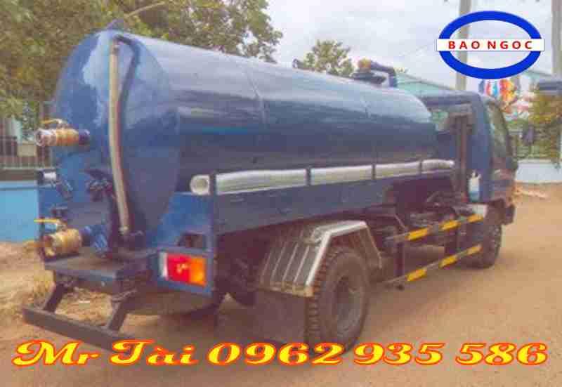 Xe hút chất thải 5,1 m3 thaco hd650