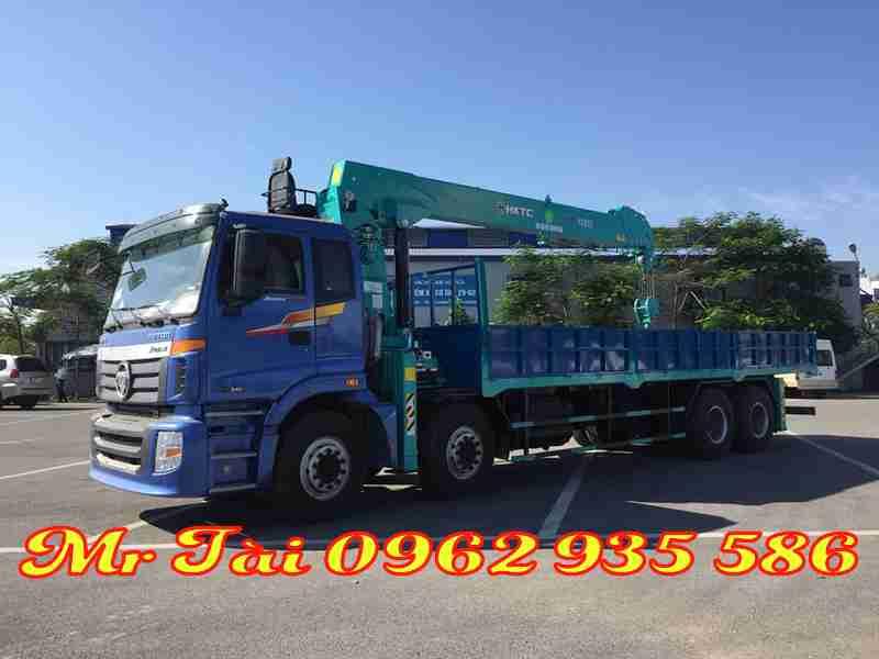 Xe tải thaco C300B gắn cẩu HKTC 12 tấn 5 đốt