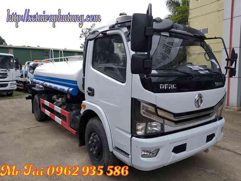 Xe phun nước rửa đường tưới cây 5 m3 dongfeng nhập khẩu