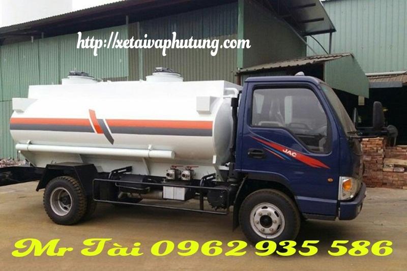 xe bồn chở xăng dầu 6 m3 JAC